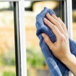 Tips Efektif Bersihkan Jendela
