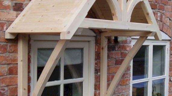 Cara Membuat Balkon Rumah Terlindungi dari Paparan Hujan