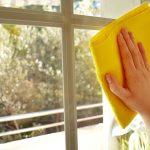 Tips Membersihkan Jendela Kaca Rumah
